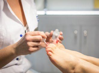 Salony pedicure ostrzą pazury cz.2